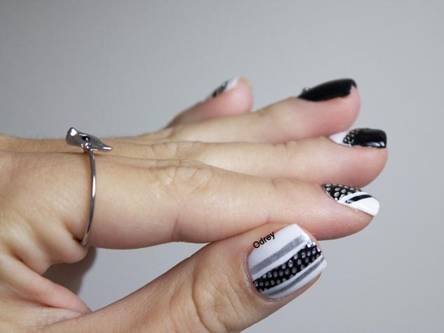 nails_rock2