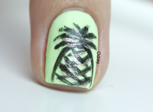 nail-art-ananas2