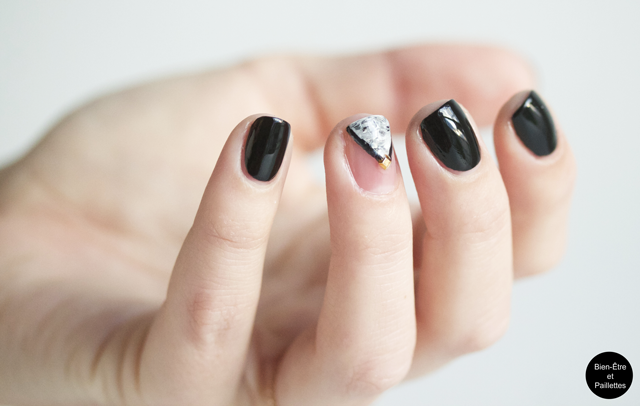 nail-art triangle dry marble 1