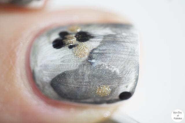 nail-art-marbre-kaki-avec-tampon-4