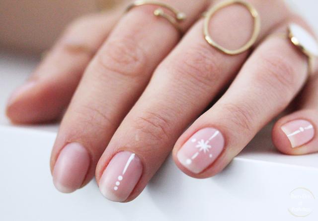 bien-etre-et-paillettes-nail-art-symetrique-2